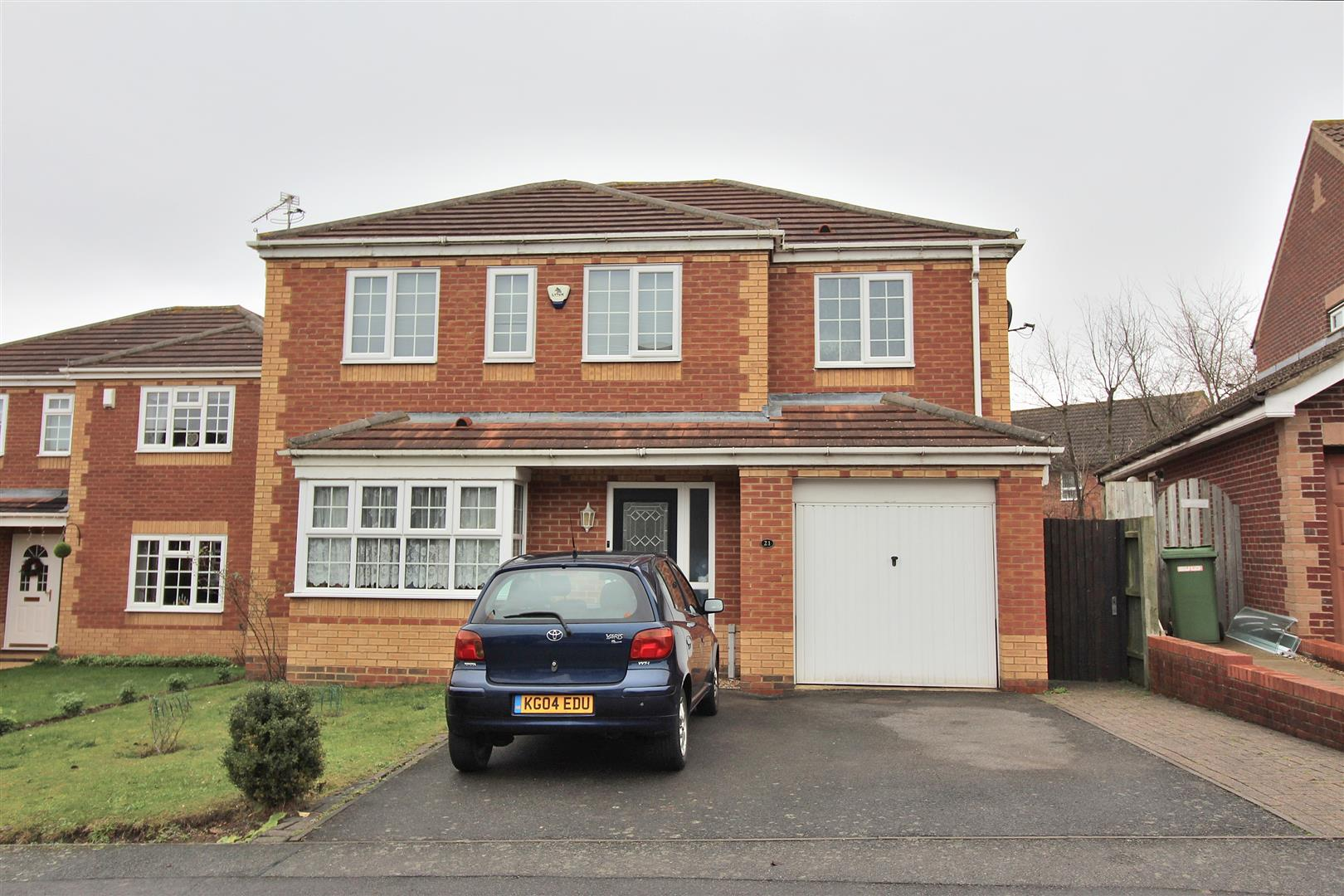 4 Bedrooms Detached House for sale in Cotswold Drive, Wellingborough